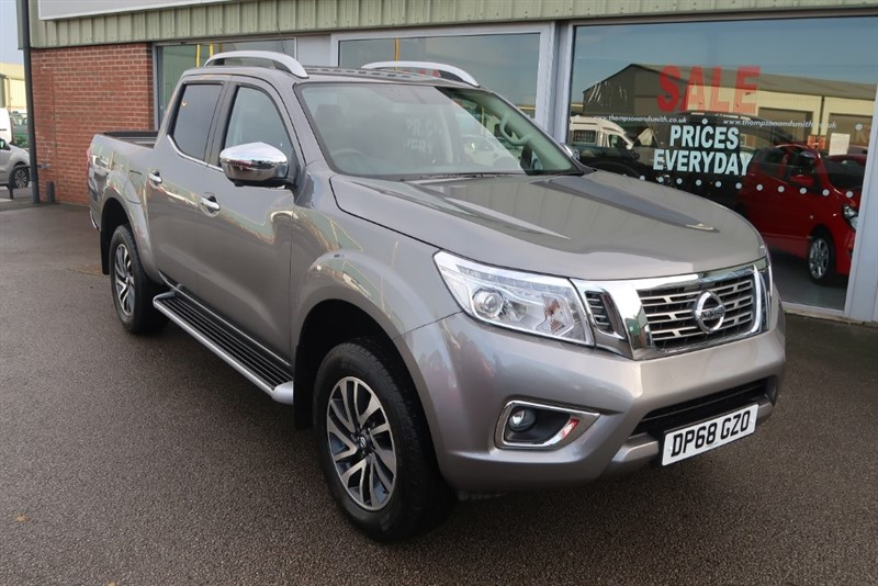 used Nissan NP300 Tekna 2.3 dCi 190PS 4x4 Doublecab Auto in louth