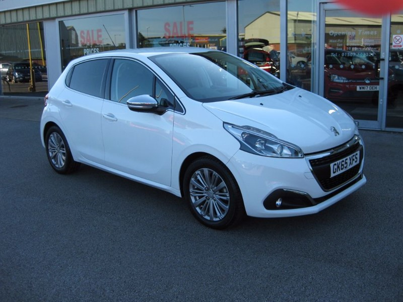 used Peugeot 208 Allure 1.2i PureTech (82PS) 5dr in louth