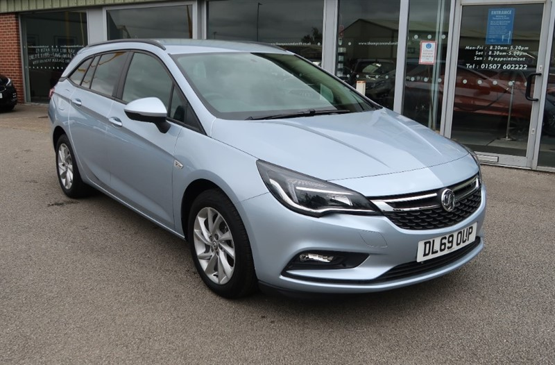 used Vauxhall Astra Sports Tourer Design NAV 1.6CDTi ecoTEC S/S (110PS) 5dr Estate Delivery Miles in louth