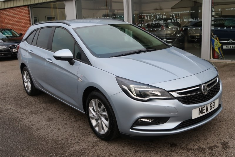 used Vauxhall Astra Sports Tourer Design 1.6CDTi (110PS) Save £7,445 & £500 Deposit Allowance in louth