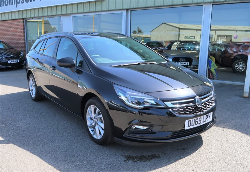 used Vauxhall Astra Sports Tourer Tech Line 1.6CDTi (110PS) SAVE £8,145 in louth