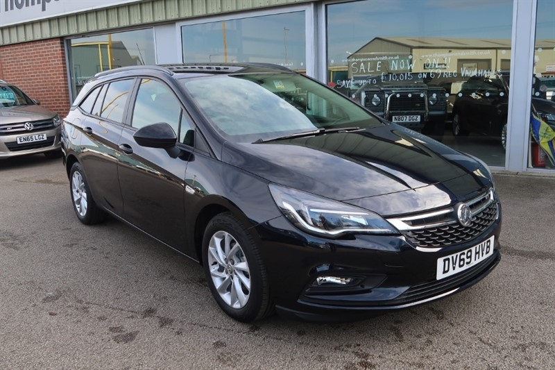 used Vauxhall Astra Sports Tourer Tech Line NAV 1.6CDTi ecoTEC S/S (110PS) 5dr Estate SAVE £8,345 in louth