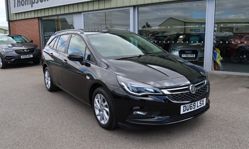 used Vauxhall Astra Sports Tourer Tech Line NAV 1.6CDTi (110PS) Delivery Miles Only in louth