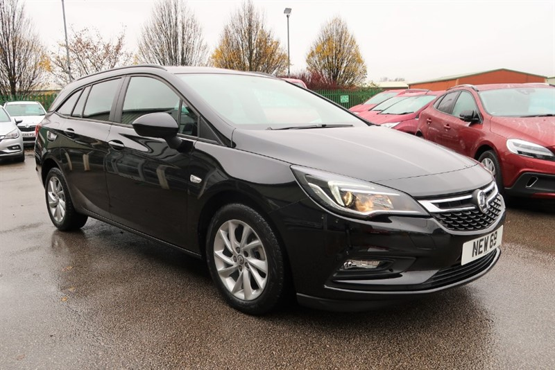 used Vauxhall Astra Sports Tourer Tech Line NAV 1.6CDTi (110PS) Save £7,645 & £500 Deposit Allowance in louth