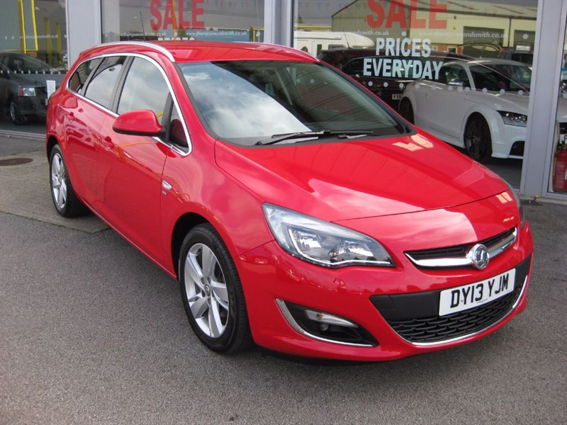 used Vauxhall Astra Sports Tourer SRi 2.0CDTi 16v 165PS ecoFLEX 5dr Estate Start/Stop in louth