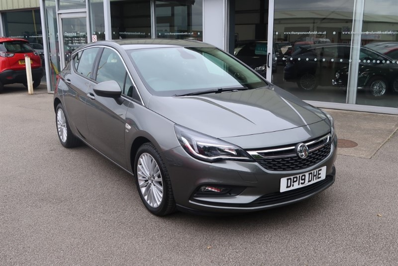 used Vauxhall Astra Elite NAV 1.6 Turbo (200PS) 5dr S/S SAVE £9,475, DELIVERY MILES ONLY ! ! in louth