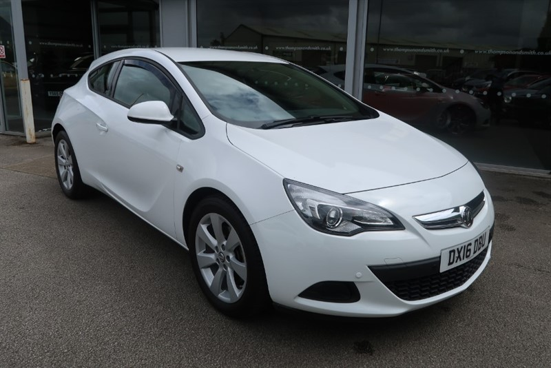 used Vauxhall Astra GTC Sport 2.0CDTi 165PS ecoFLEX 3dr Start/Stop in louth