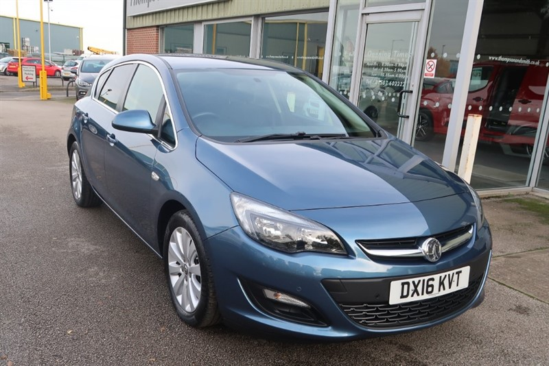 used Vauxhall Astra Tech Line NAV 1.6CDTi 110PS 5dr ecoFLEX in louth