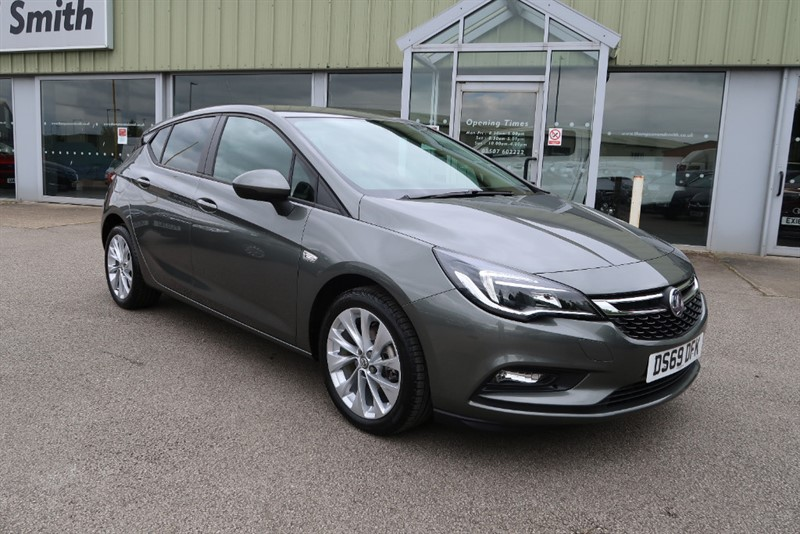 used Vauxhall Astra Design 1.4i Turbo (125PS) 5dr in louth