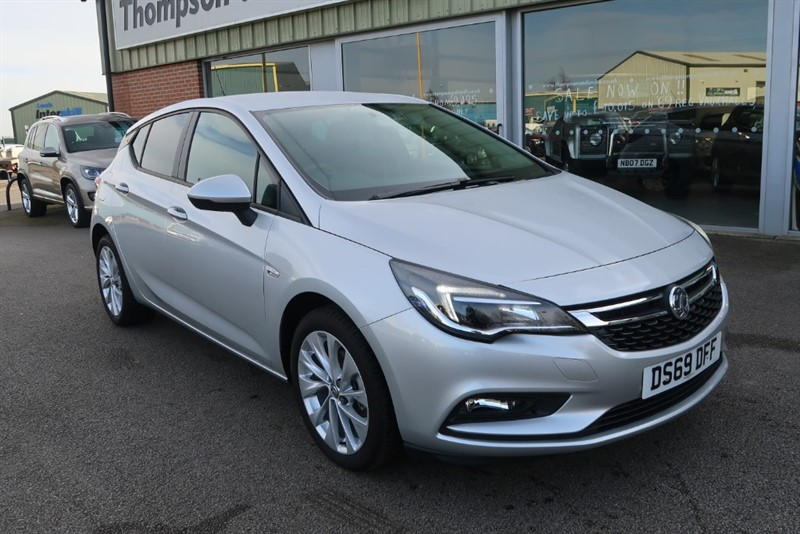 used Vauxhall Astra Tech Line NAV 1.4i Turbo (125PS) 5dr SAVE £7,005 in louth