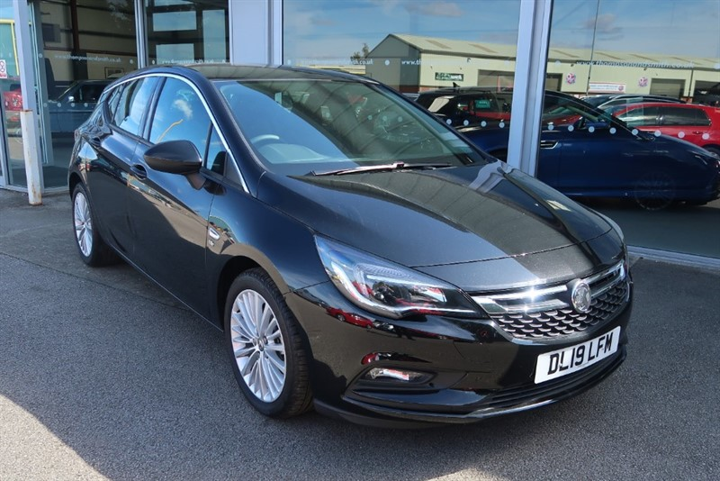 used Vauxhall Astra Elite NAV 1.6 Turbo (200PS) 5dr Start/Stop SAVE £9,975 DELIVERY MILES ONLY ! ! in louth