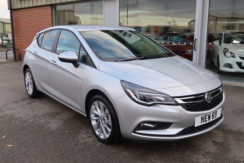 used Vauxhall Astra Tech Line NAV 1.4i Turbo (125PS) 5dr '69 REG DELIVERY MILEAGE in louth