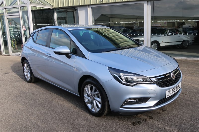 used Vauxhall Astra Tech Line NAV 1.6CDTi (110PS) NAV SAVE £7,205 in louth