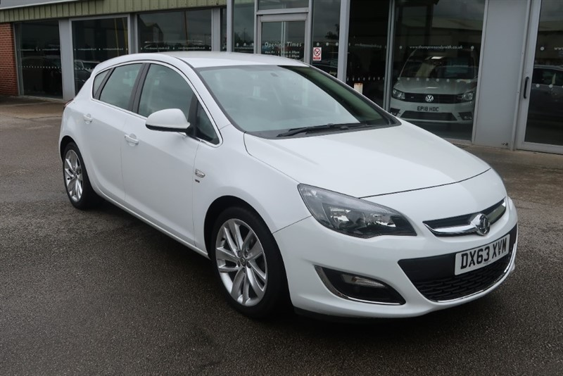 used Vauxhall Astra SRi 1.6i VVT (116PS) 5dr in louth