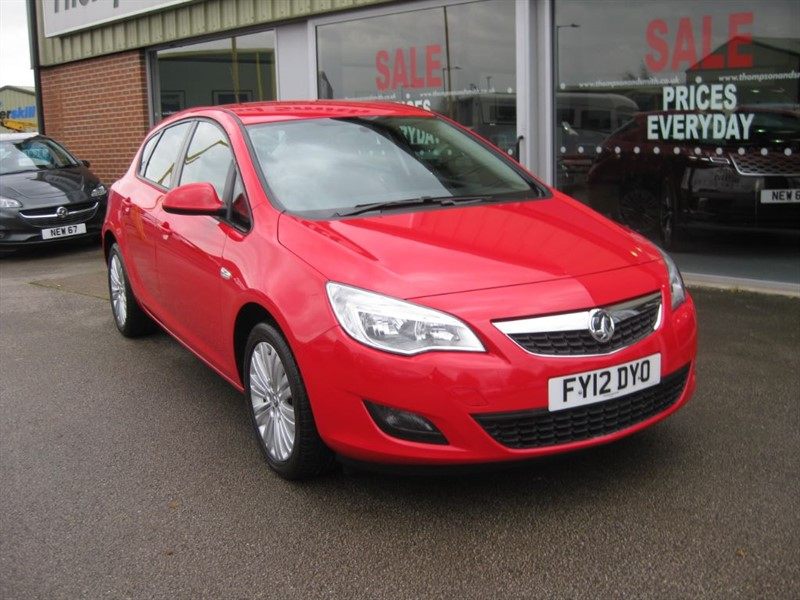 used Vauxhall Astra Excite 1.4 16v 5dr in louth