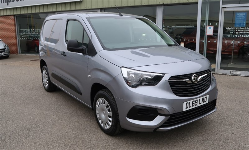 used Vauxhall Combo L1 H1 Sportive 2300  1.5 (100PS) Turbo D S/S van Delivery Miles in louth