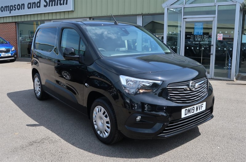 used Vauxhall Combo L1 Sportive Euro 6 1.6 (100PS) Turbo D Start/Stop Delivery Miles, 3 Seats in louth