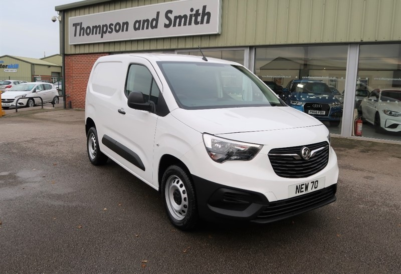 used Vauxhall Combo L1 H1 Edition 2300 1.5 (100PS) Turbo D S/S 70 Reg SAVE £7,563 in louth