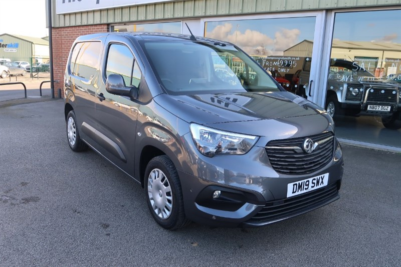 used Vauxhall Combo Cargo L1 Sportive 2000 1.6 (100PS) Turbo D, 3 SEATS, SAT NAV, DELIVERY MILEAGE ! ! in louth