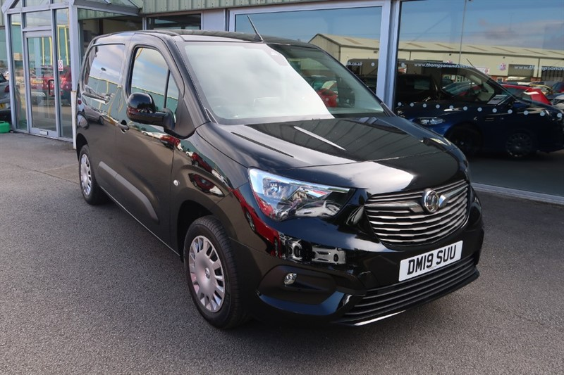 used Vauxhall Combo L1 Sportive Euro 6 1.6 (100PS) Turbo D SAT NAV in louth