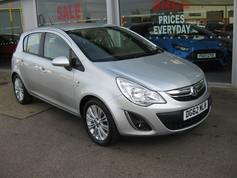 used Vauxhall Corsa SE 1.4i 16v (100PS) 5dr  in louth