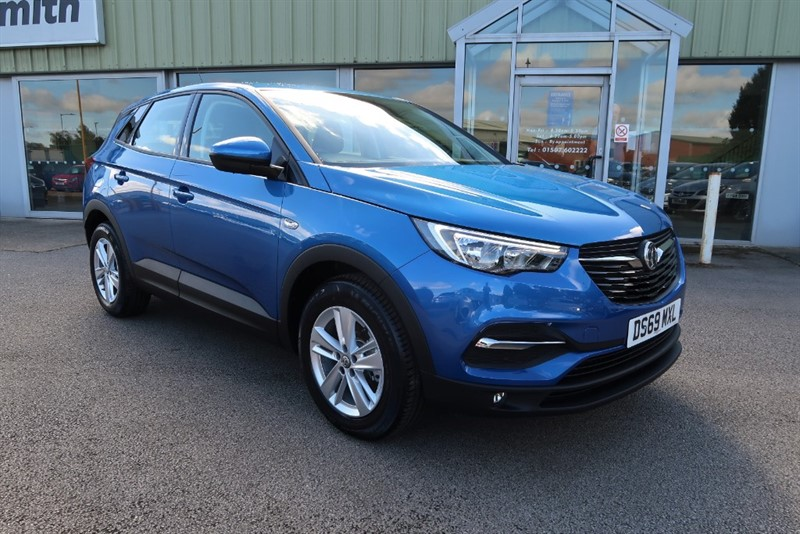 used Vauxhall Grandland X SE 1.2 Turbo (130PS) Start Stop 5dr SUV in louth