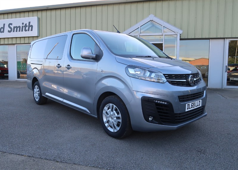 used Vauxhall Vivaro L2 H1 Double Cab Sportive 3100 2.0 (120PS) Turbo D S/S Delivery Miles, Massive Saving! in louth