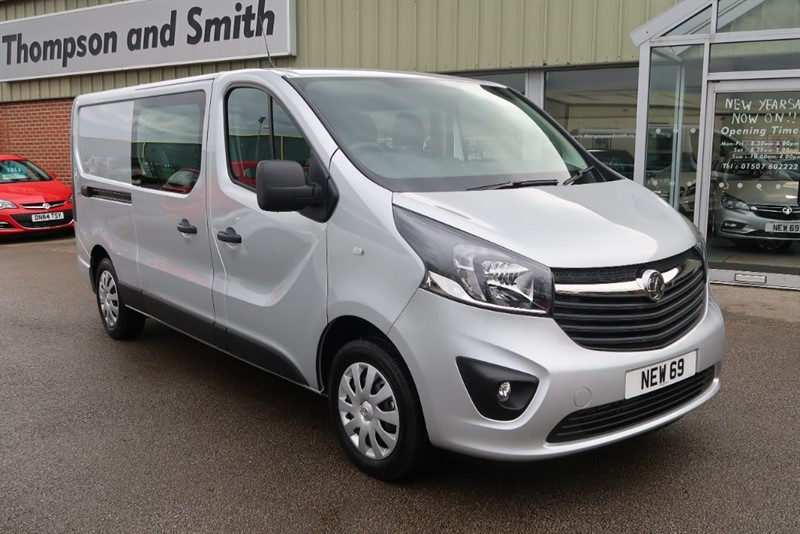 used Vauxhall Vivaro Sportive L2 H1 2900 LWB Doublecab 1.6CDTI (125PS) BiTurbo Start/Stop in louth