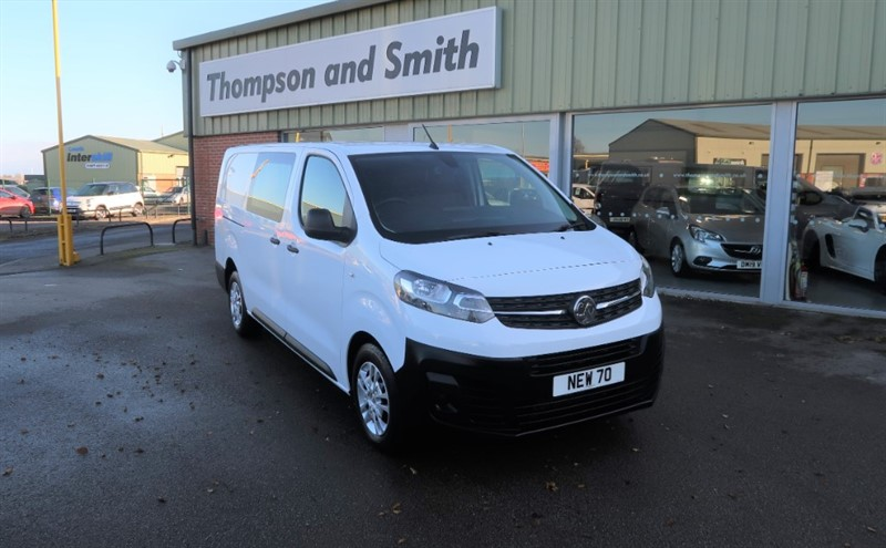 used Vauxhall Vivaro Dynamic L2 H1 3100 2.0 (120PS) Turbo D s/s Blueinjection with TAILGATE in louth