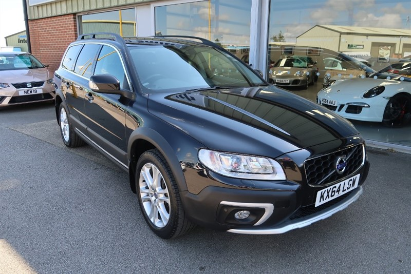 used Volvo XC70 2.4TD D5 (215bhp) (AWD) SE Lux 5dr Estate Geartronic in louth
