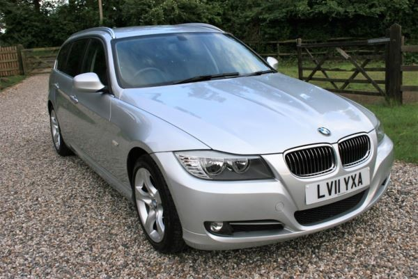 used BMW 318i 3 SERIES Exclusive Edition Step Auto in chelmsford-essex