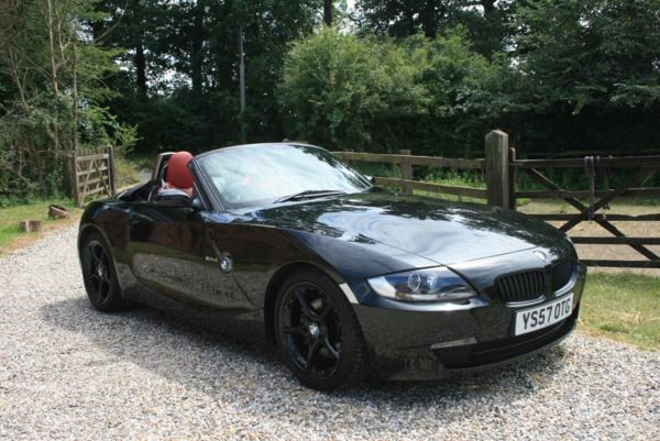 used BMW Z4 2.5si Sport in chelmsford-essex