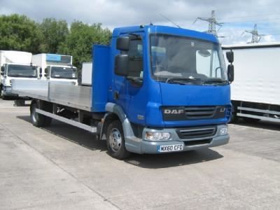 used DAF  LF FA 45.160 7.5t 22ft dropside Euro 5 MANUAL in chelmsford-essex