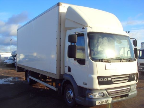 used DAF  LF FA 45.160 FB EURO 5 7.5T BOX LORRY WITH TAILLIFT MANUAL in chelmsford-essex