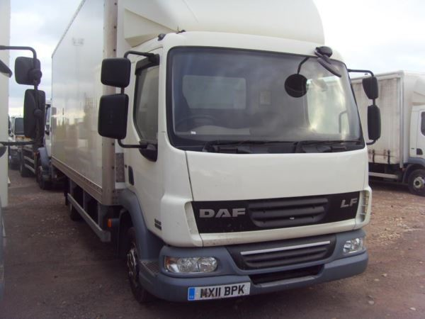 used DAF  LF FA 45.160 FB 7.5t 22ft Box Euro 5 with taillift MANUAL in chelmsford-essex