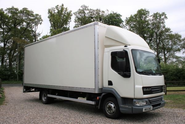 used DAF  LF FA 45.160 7.5t EURO 5 22ft BOX LORRY WITH 1000KG TAILLIFT MANUAL in chelmsford-essex