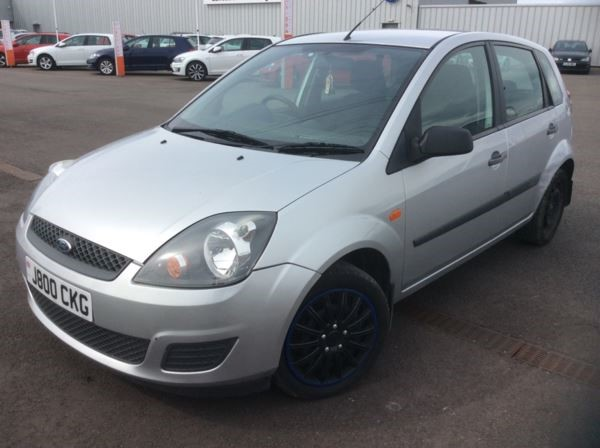 used Ford Fiesta STYLE CLIMATE 7 STAMPS ! in chelmsford-essex