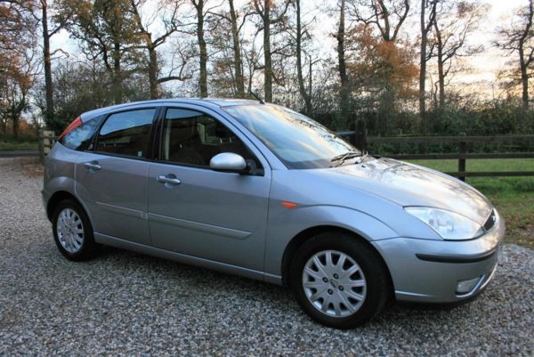 used Ford Focus Ghia in chelmsford-essex