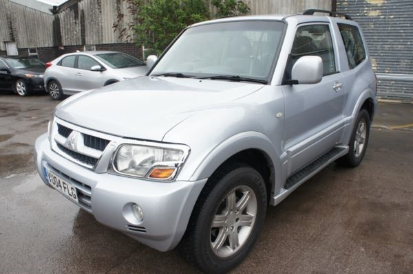 used Mitsubishi Shogun WARRIOR DI-D AUTO Last owner 2012 in chelmsford-essex