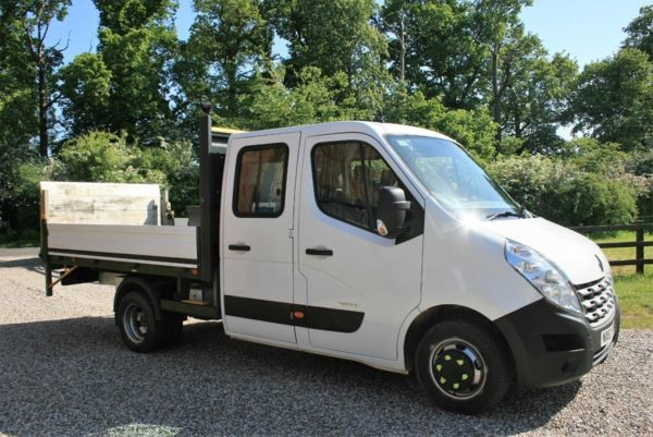 used Renault Master MLL35TWdCi 150 Low Roof D/Cab Chassis in chelmsford-essex