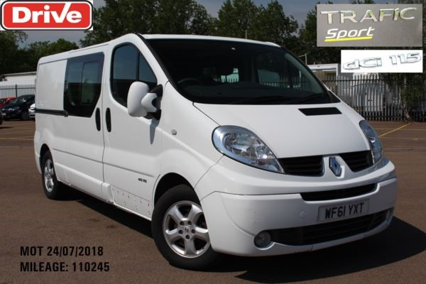used Renault Trafic LL29 DCI 115 SPORT NAV Dbl Cab in chelmsford-essex