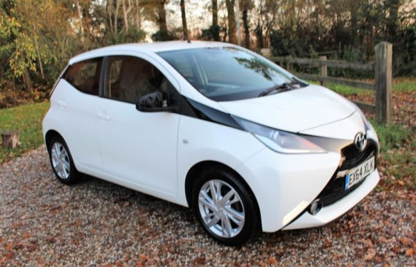 used Toyota Aygo VVT-i Fire 5dr [AC] in chelmsford-essex