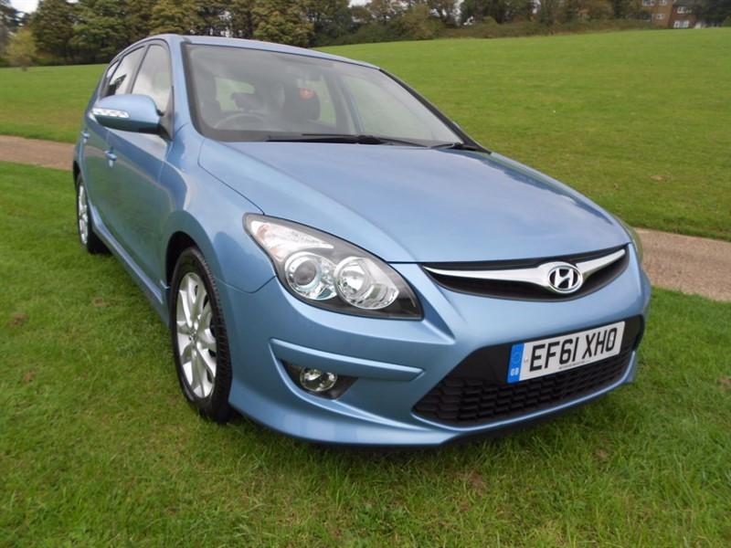 used Hyundai i30 COMFORT in hemel-hempstead-hertfordshire