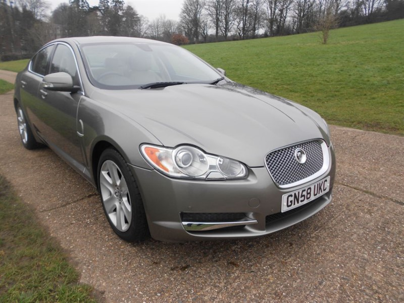 used Jaguar XF PREMIUM LUXURY V6 in hemel-hempstead-hertfordshire