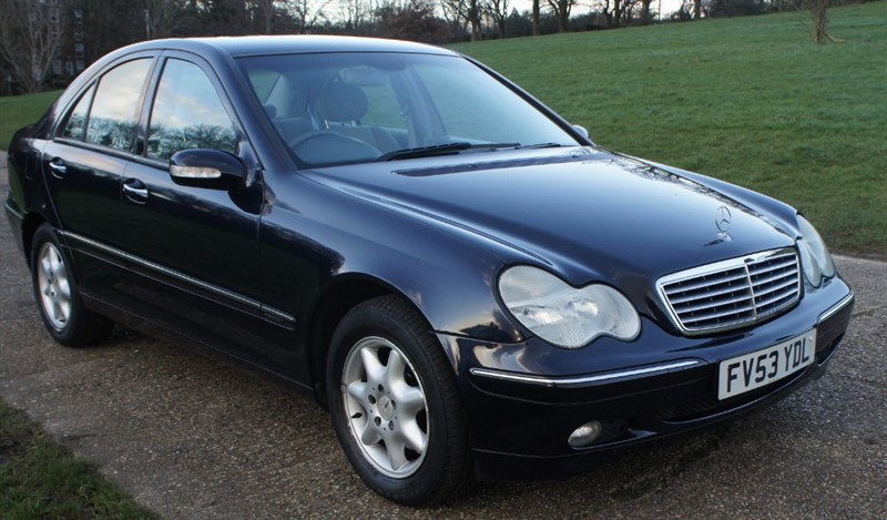 used Mercedes C220 CDI ELEGANCE SE in hemel-hempstead-hertfordshire