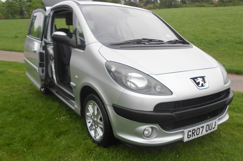 Peugeot 1007 for sale