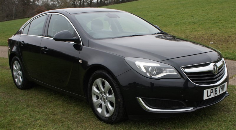 used Vauxhall Insignia TECH LINE CDTI ECOFLEX S/S in hemel-hempstead-hertfordshire