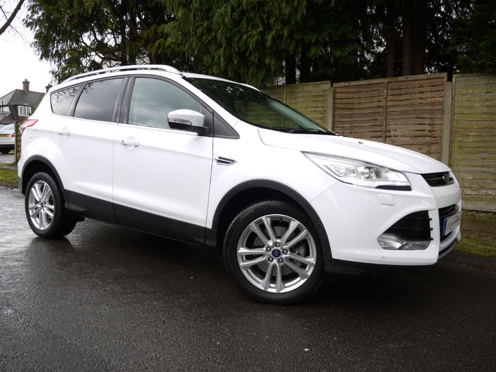 ford kuga interface fiat revealed new sync debuts look