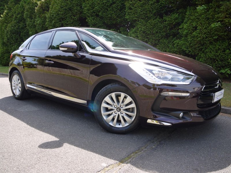 used Citroen DS5 E-HDI AIRDREAM DSTYLE EGS in surrey
