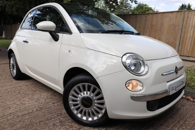 used Fiat 500 LOUNGE in surrey